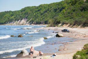 дикий пляж в Калининградской области фото
